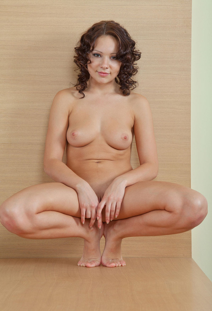 hot naked girls queefing