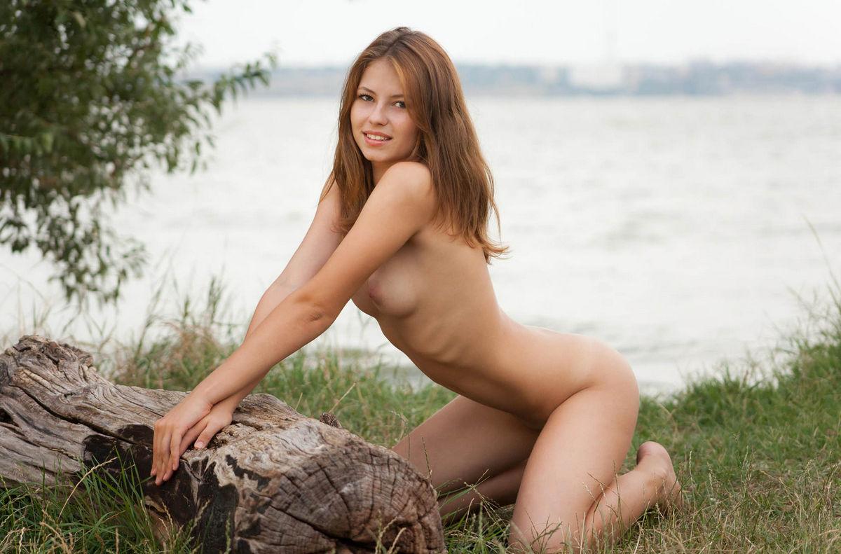 Фото голый малышки, Голые девушки малышки - качественные эро фото 1 фотография