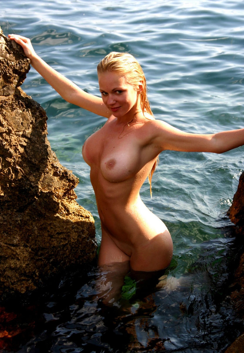 Gorgeous Blonde With Big Boobs At The Sea  Russian Sexy Girls-7796