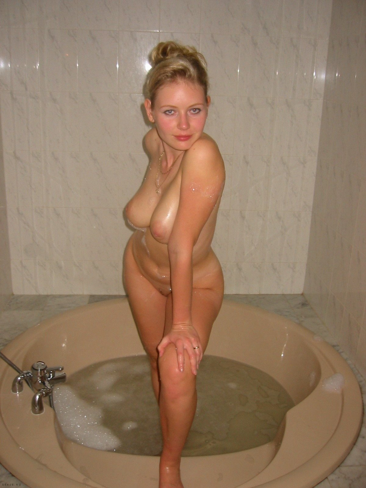 Consider, Amateur mature nude blondes opinion