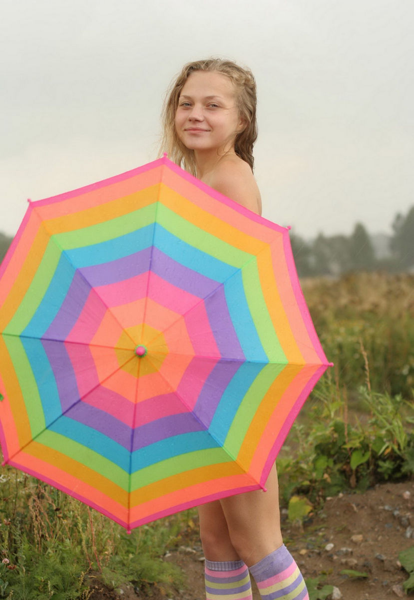 sexy umbrella girl naked
