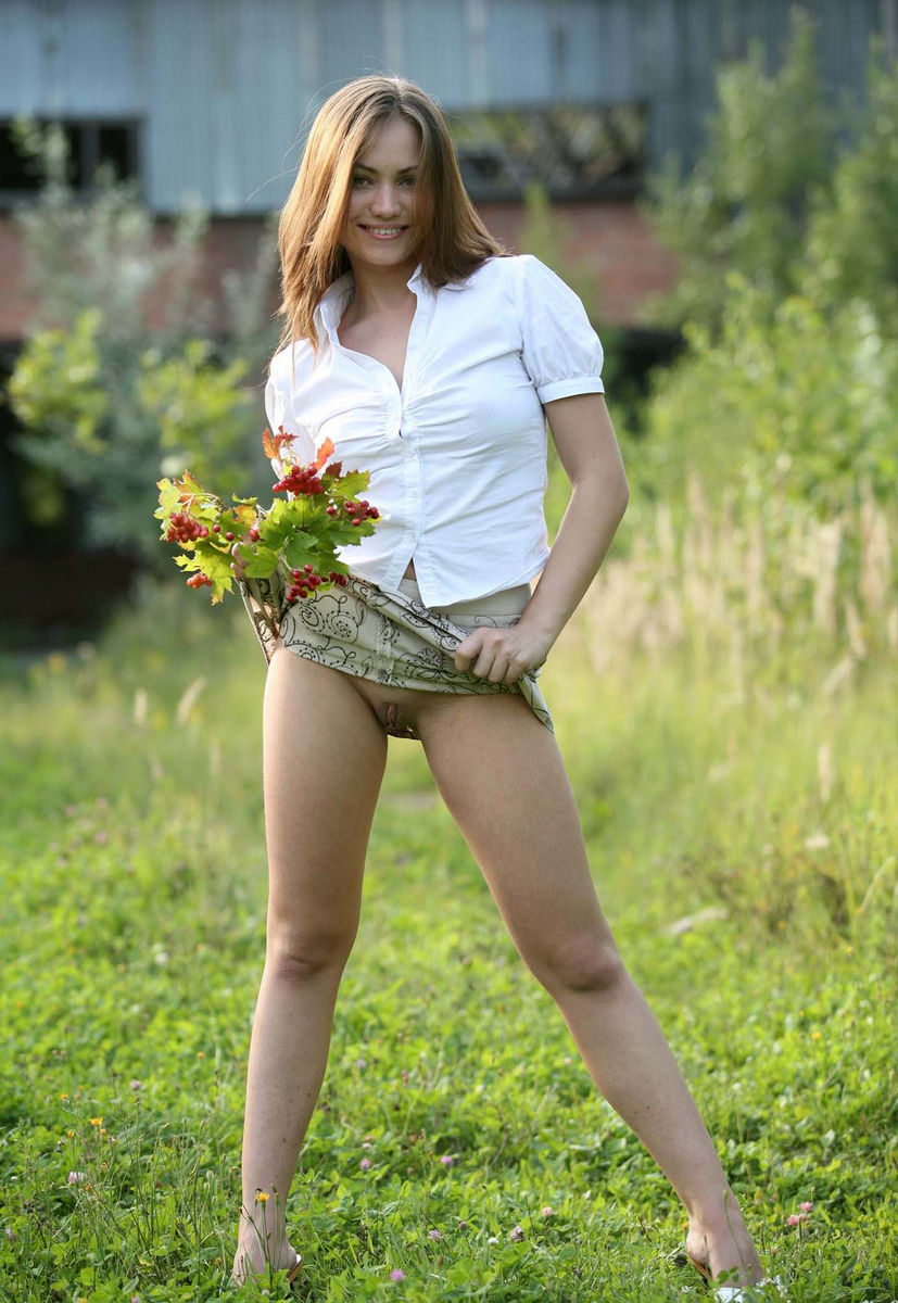 Sexy Girl And Her Upskirt Outdoor  Russian Sexy Girls-3749