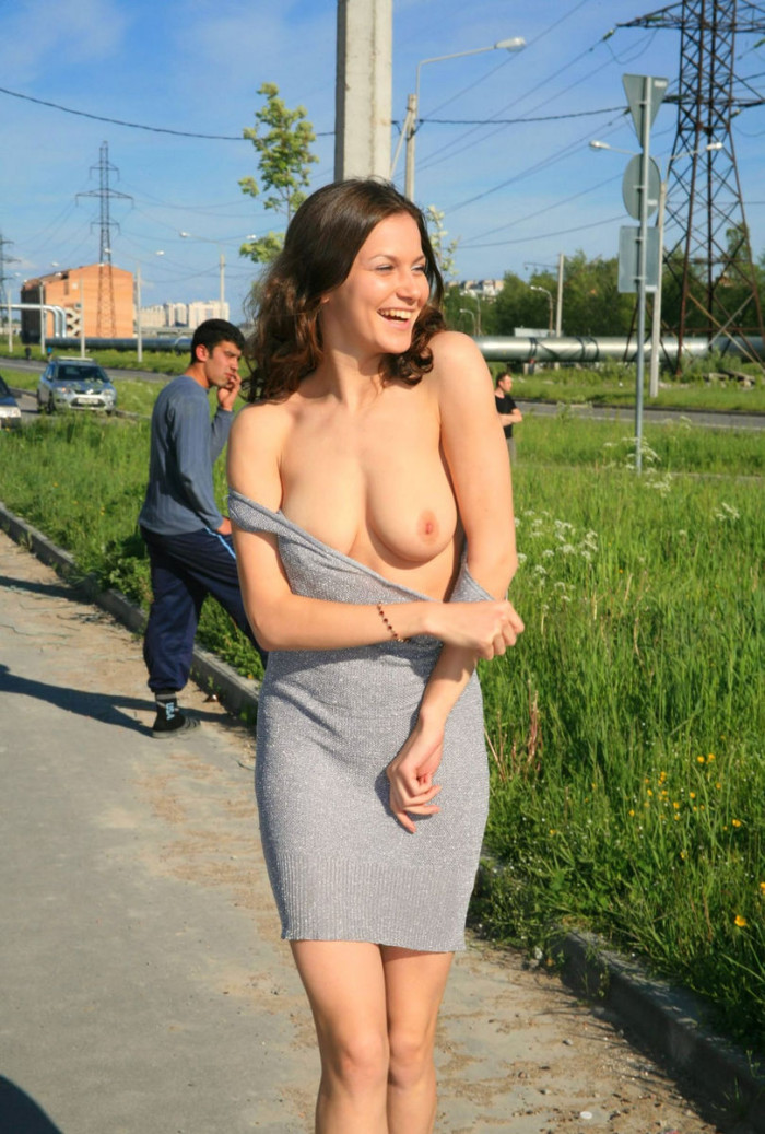 Smiling Russin Brunette With Amazing Body Is Undressing At -5618