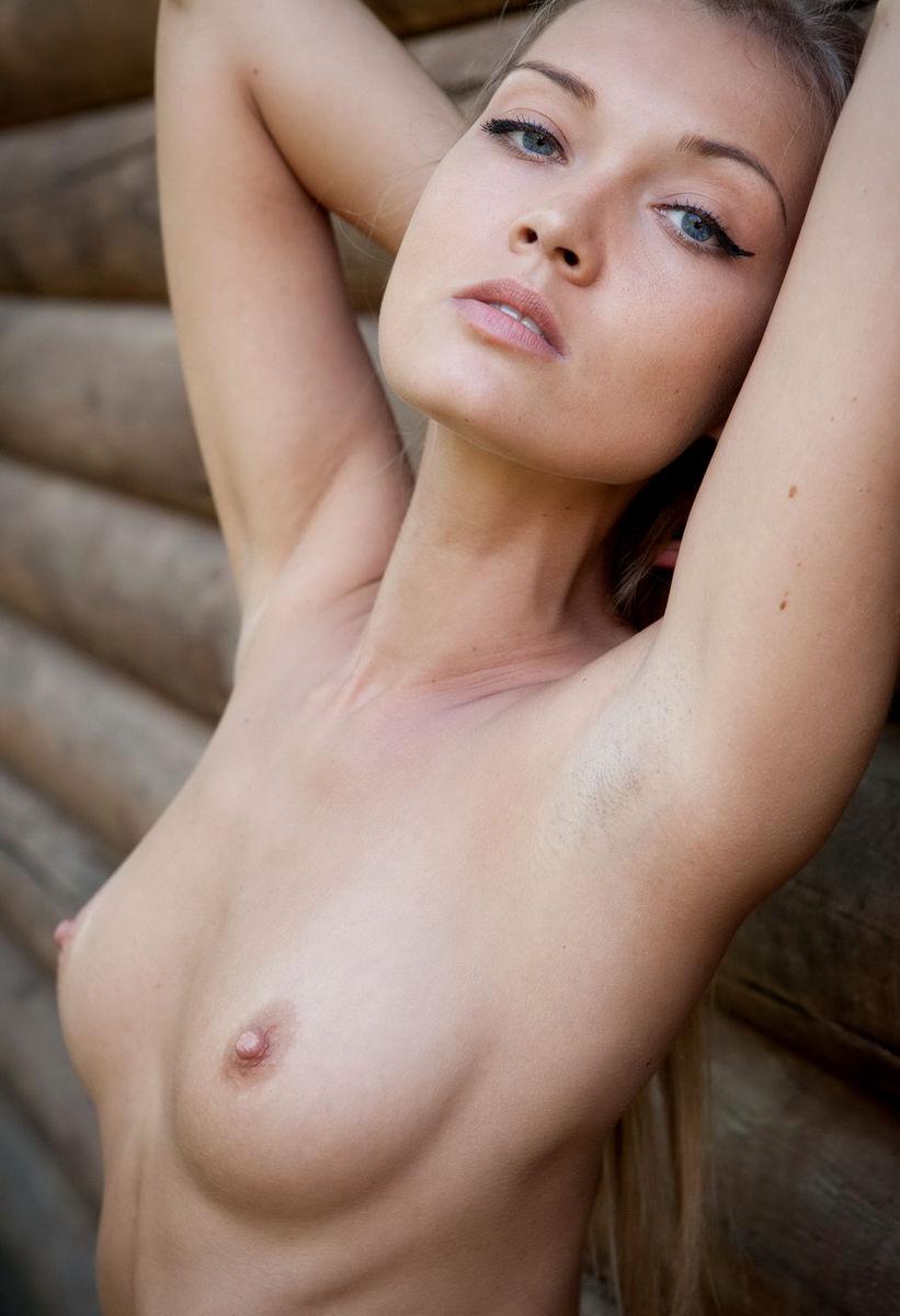 naked-girls-with-blue-eyes-hot-landing-strip-vagina-sex-vids
