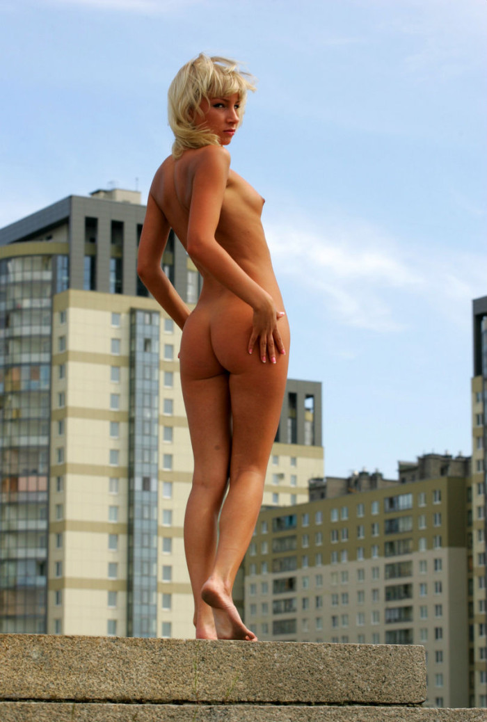 skinny models nude l