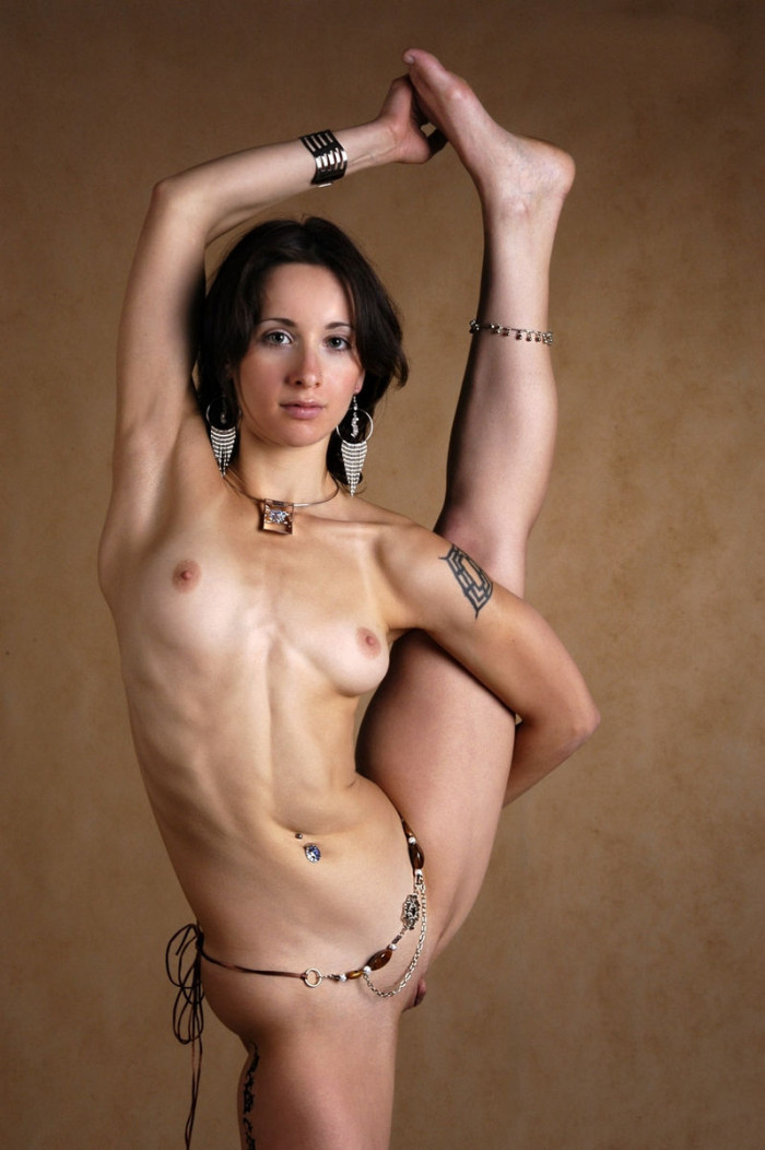 This Is A Very Beautiful And Flexible Babe  Russian Sexy -3124