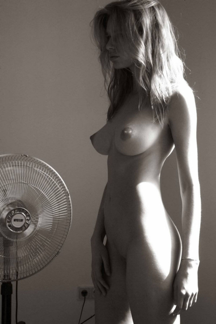 Fit babes with big tits-1470