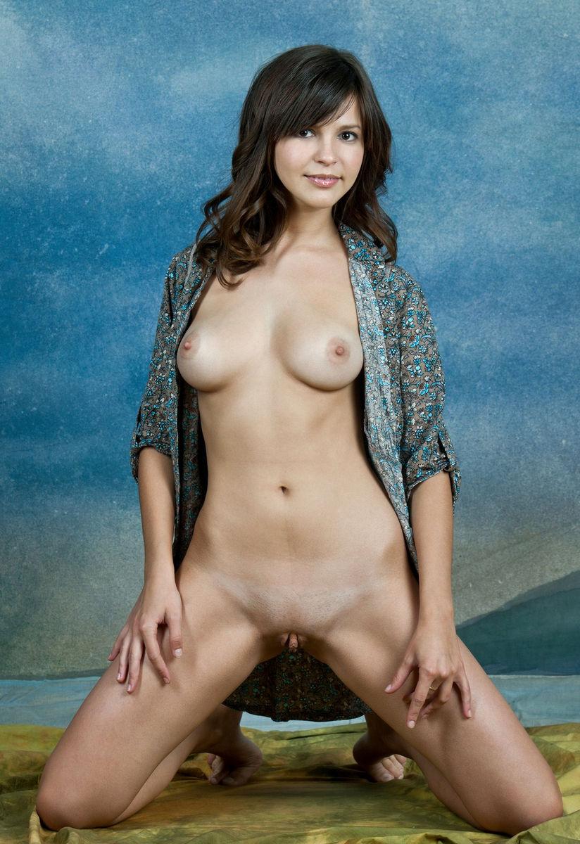 Very Sweet Brunette Has Beautiful Pussy  Russian Sexy Girls-6158