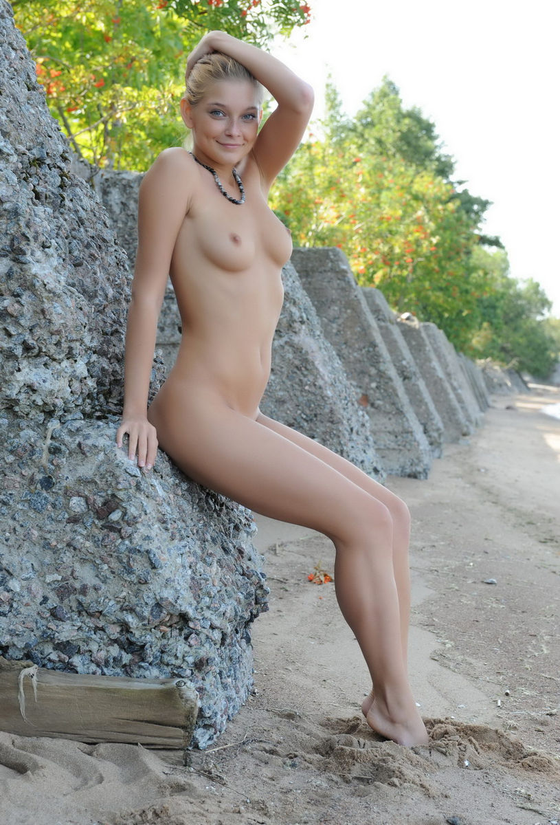 Comics with naked girls-9019
