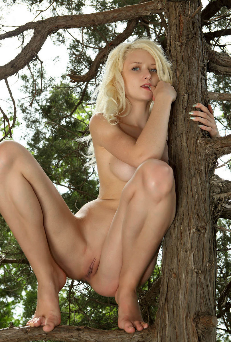 Young Blonde Without Clothes At Forest Russian Sey Girls