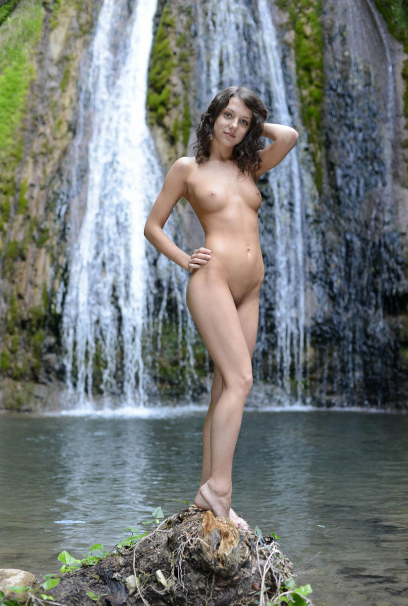 Beautiful Russian Teen With Perfect Body Near Waterfall -8154
