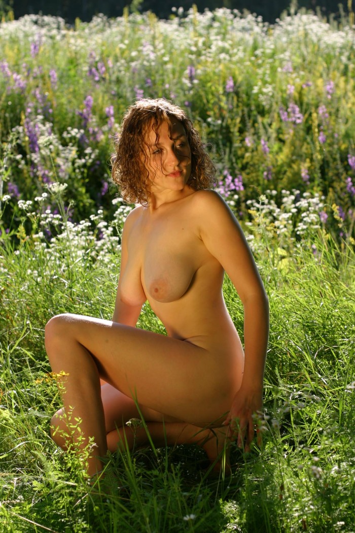Curly Russian Girl Posing Naked Outdoors  Russian Sexy Girls-7540