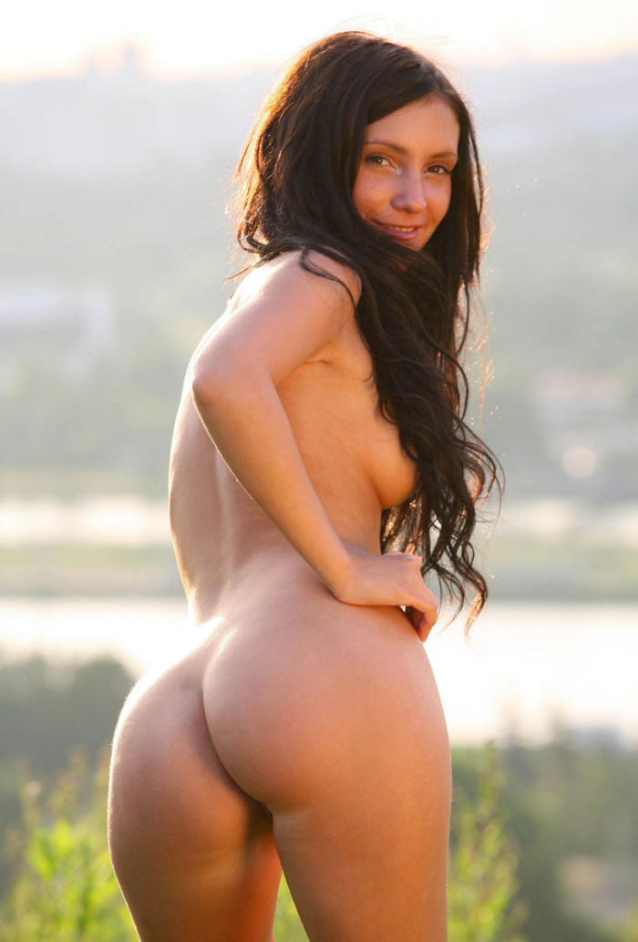 Russian Beautiful Brunette Has Sporty Body And Amazing -5228