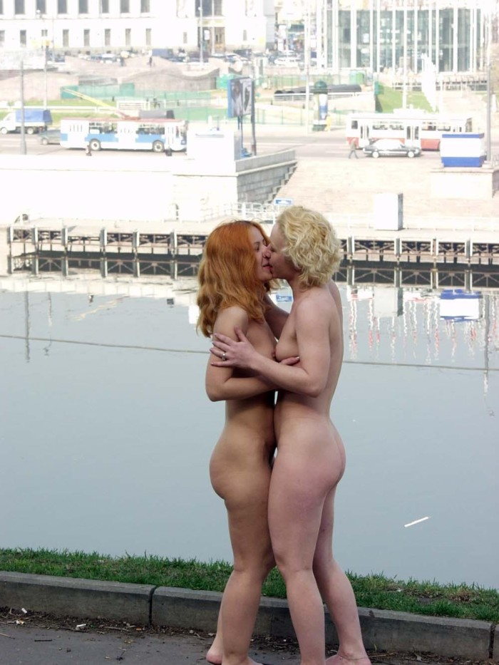 Two girls naked kiss