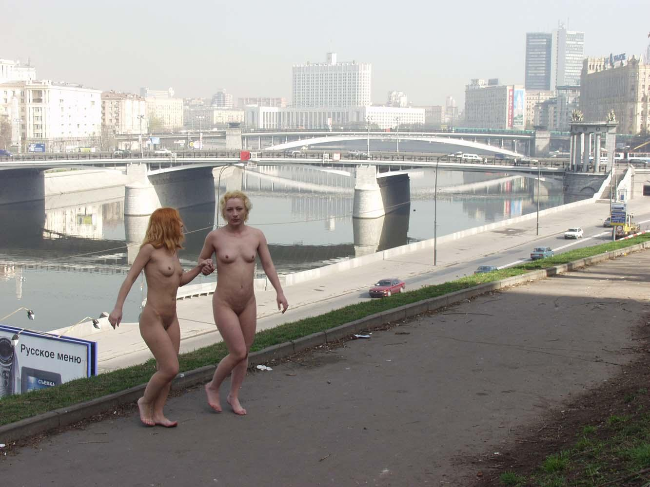 Two Russian Girls Walking Naked And Kissing At Public -6582