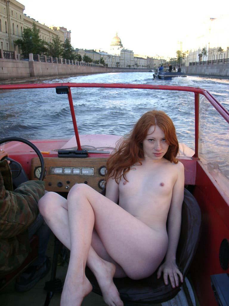 skinny women nude solo