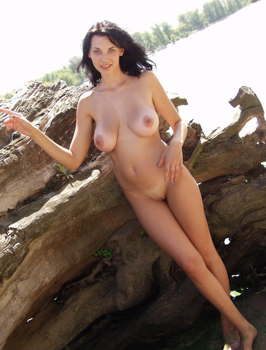 naked girls with really big naked boobs