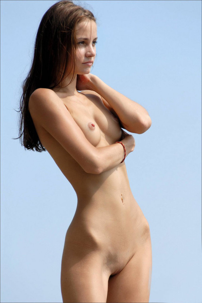 Very skinny naked girl