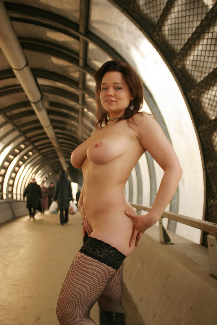 Chubby Russian Busty Girl Posing Only In Stockings At -5857