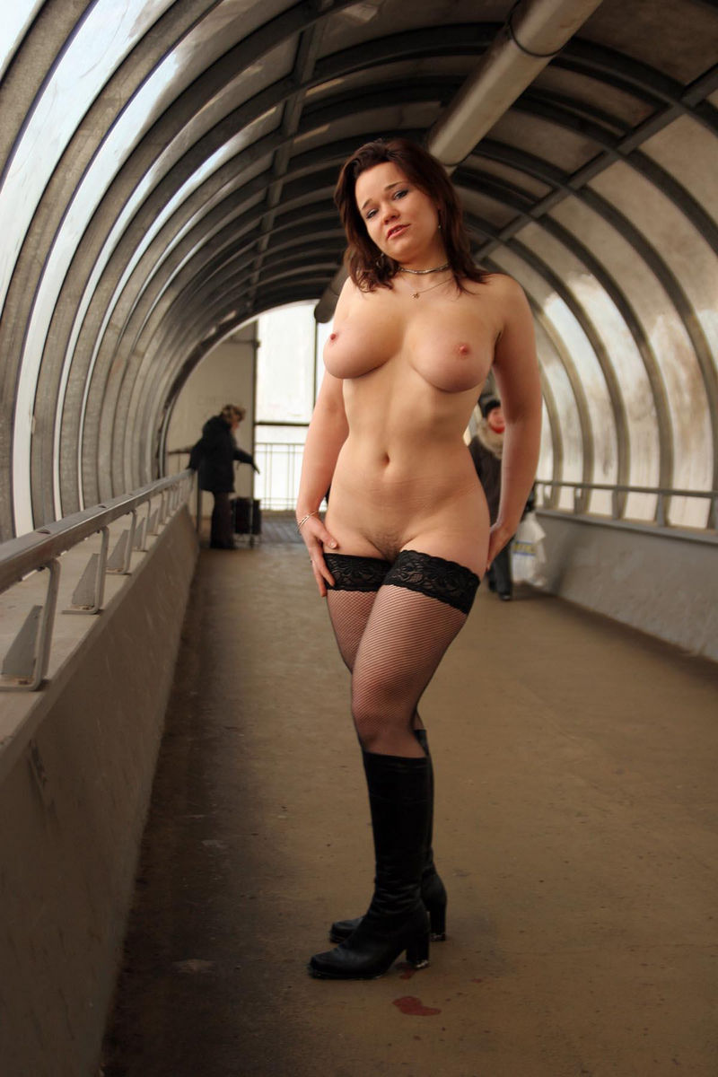 Chubby Russian Busty Girl Posing Only In Stockings At -4880