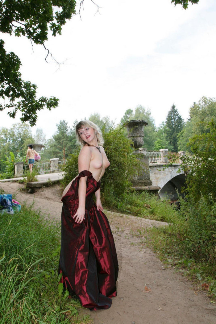 Hairy Russian Mature In Stockings Undressing At Public -3195