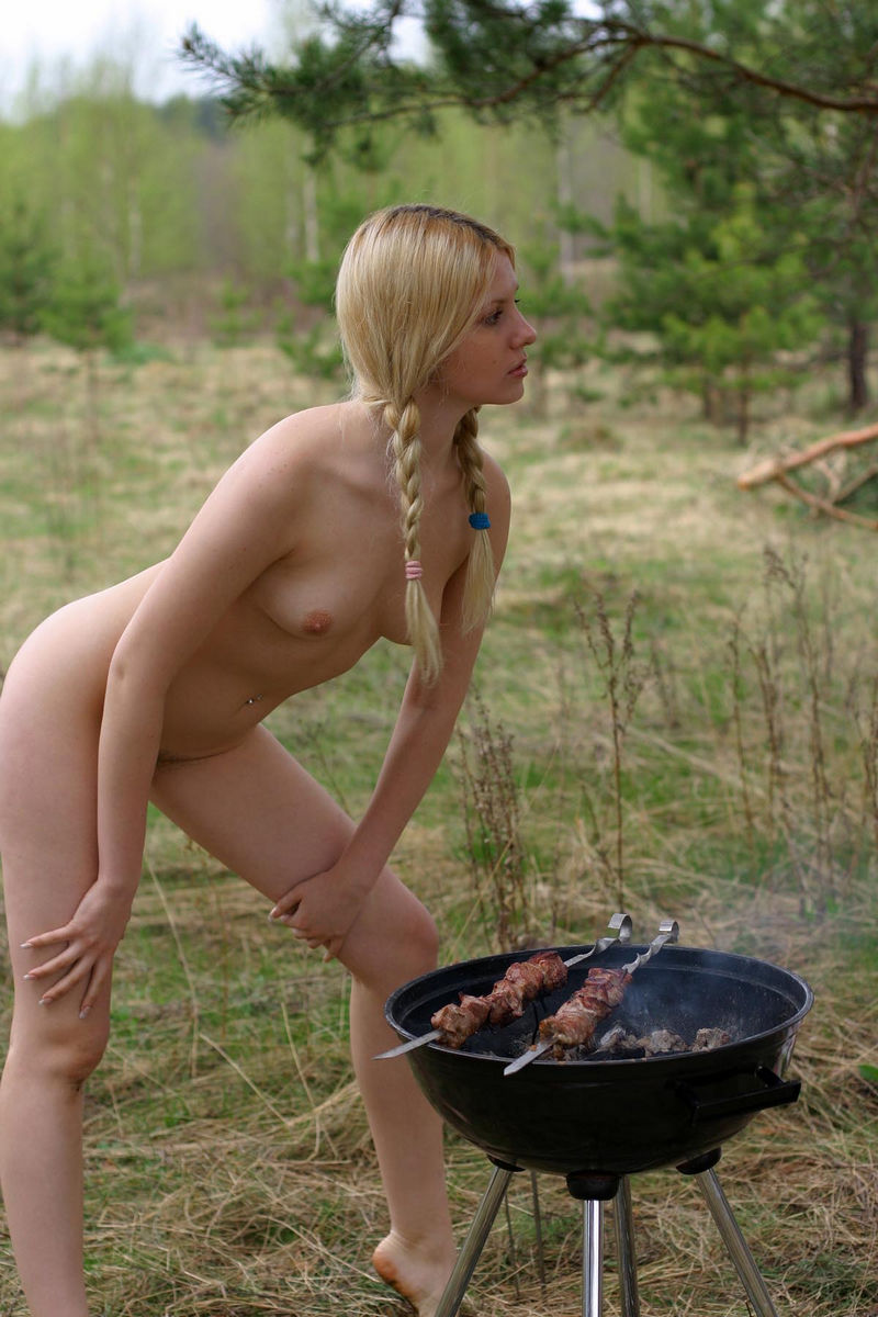 Hot Russian Blonde Cooks Bbq With No Clothes  Russian -1794
