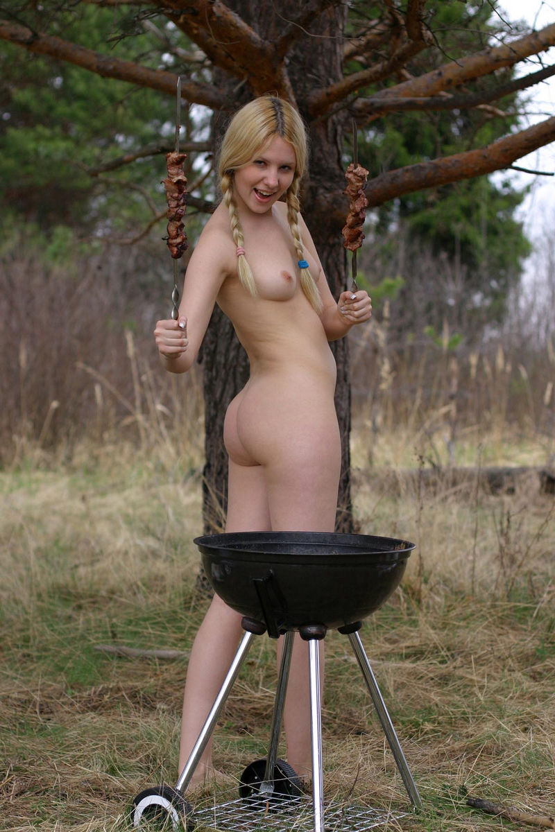 Hot Russian Blonde Cooks Bbq With No Clothes  Russian -2380