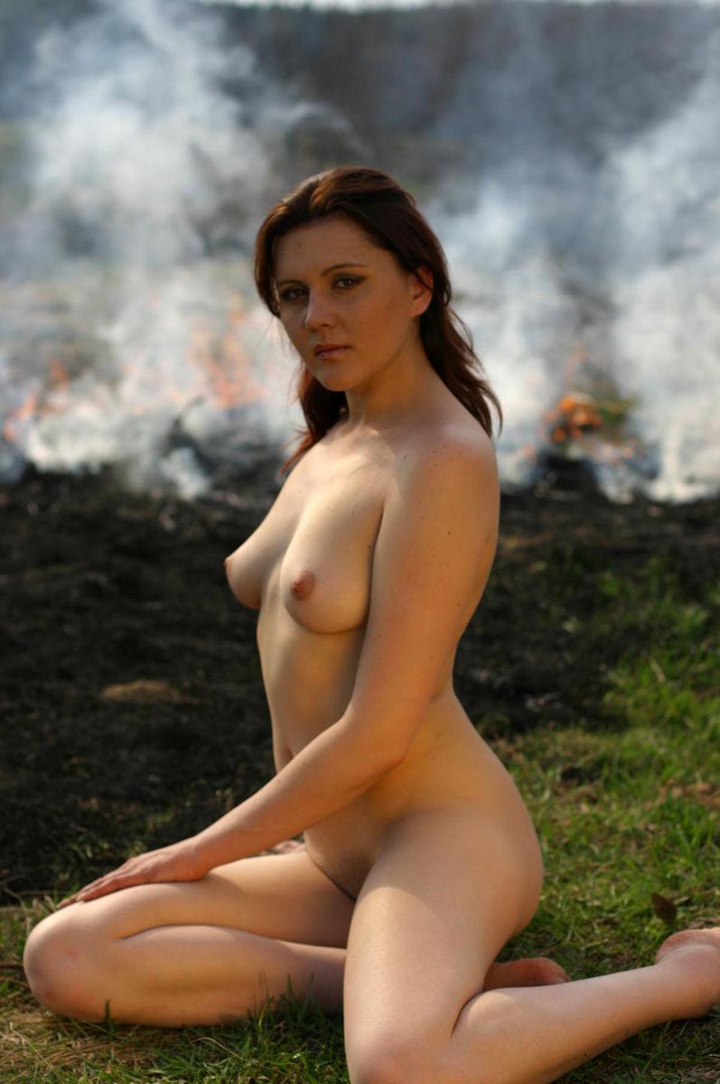 Nature naked girls