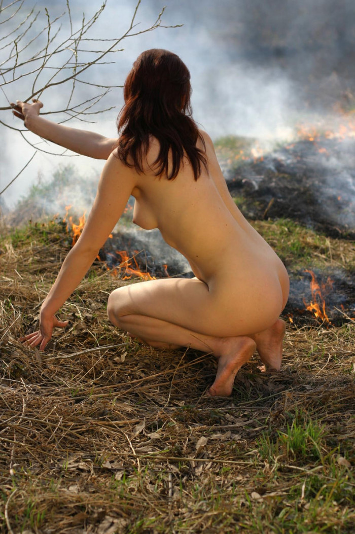 Join. happens. naked girl on grass believe