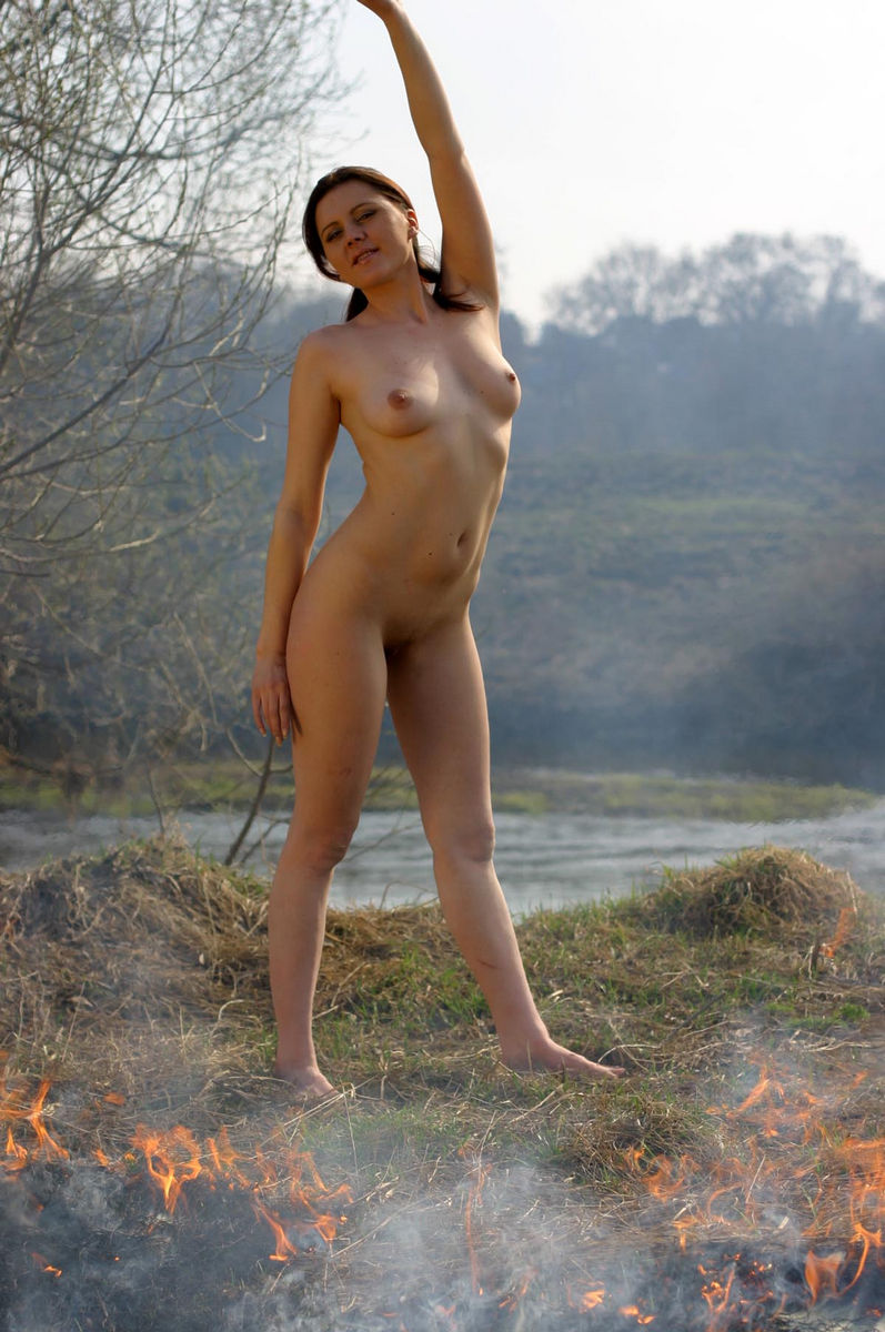 Think, Naked wemen in nature remarkable, valuable