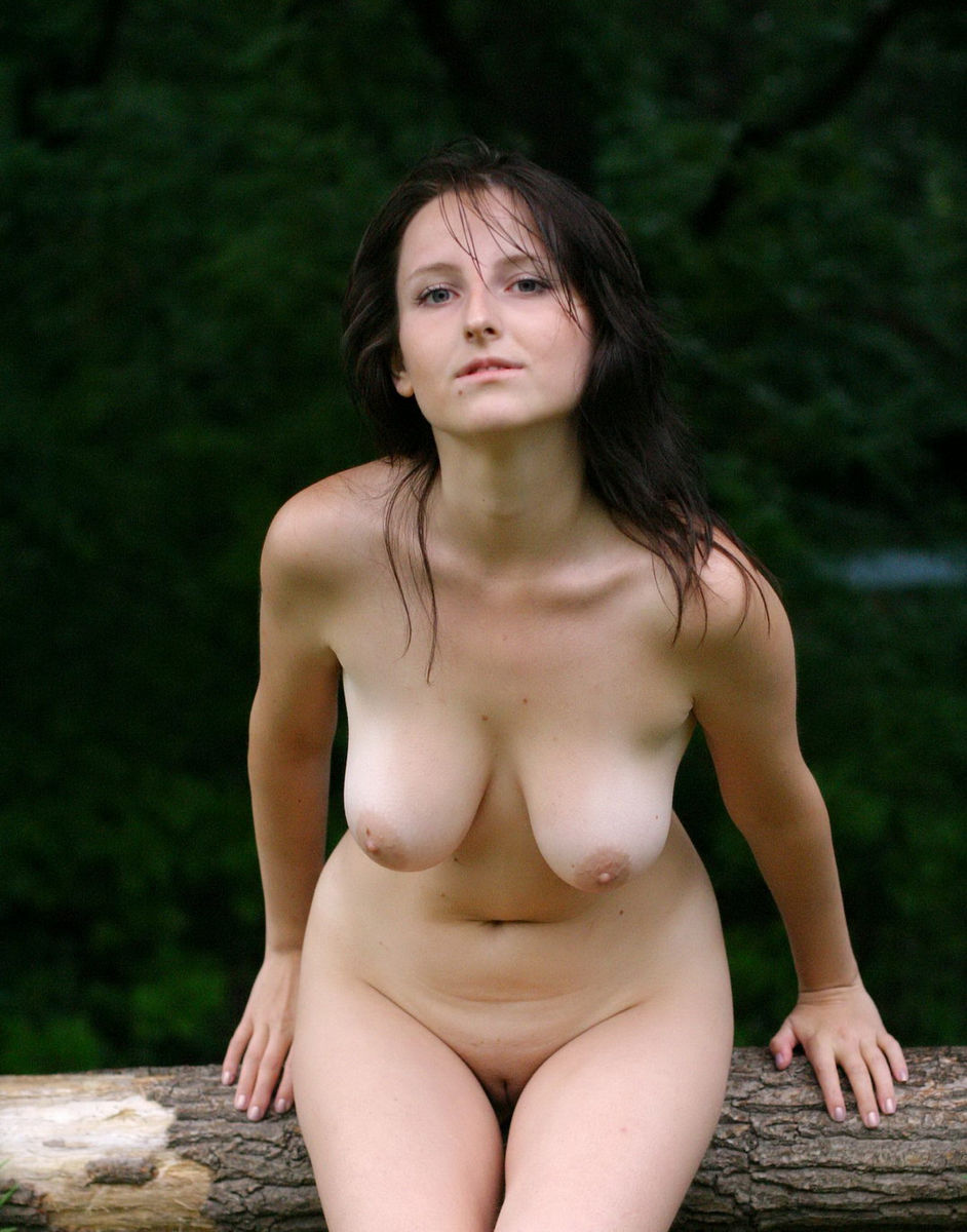 nude indian girls on rain