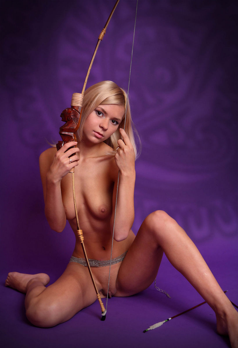 Professional Session Of One Perfect Blonde With Skinny -5303