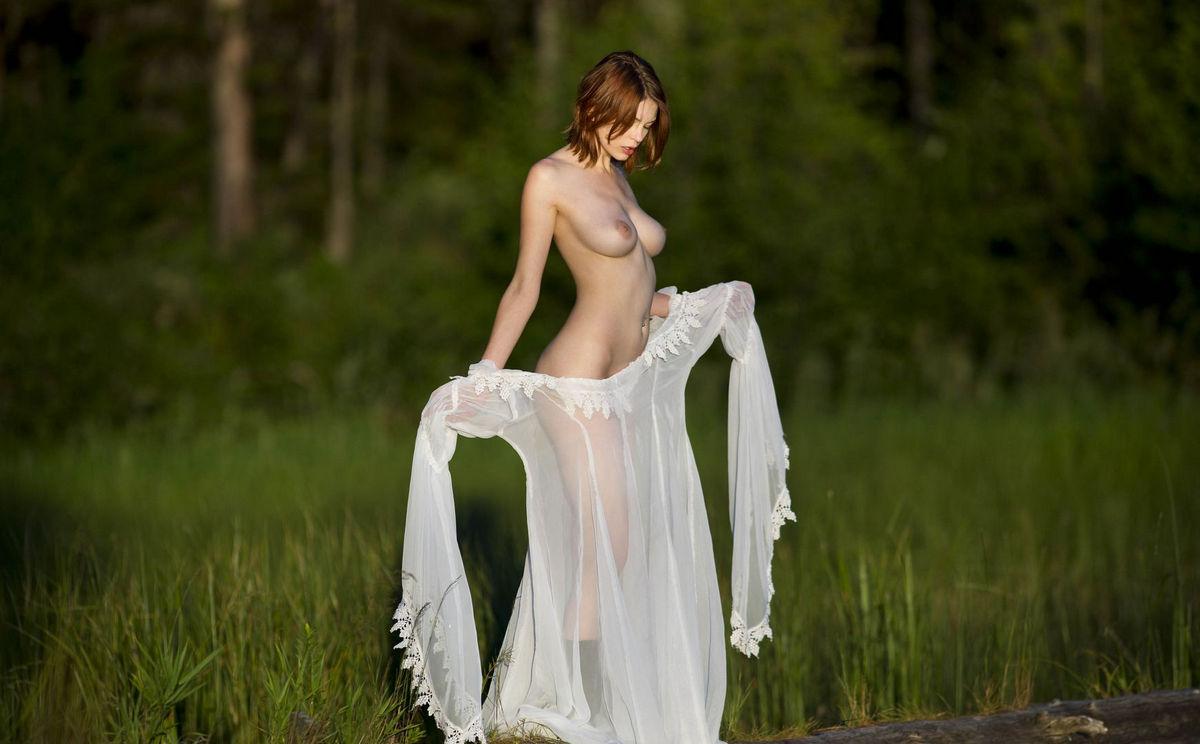 meet naked girls