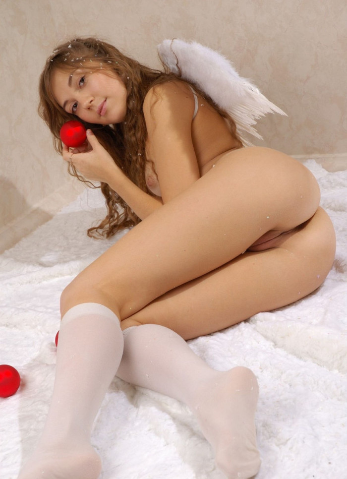 Russian Teen Angel With Small Tits In White Socks -5608