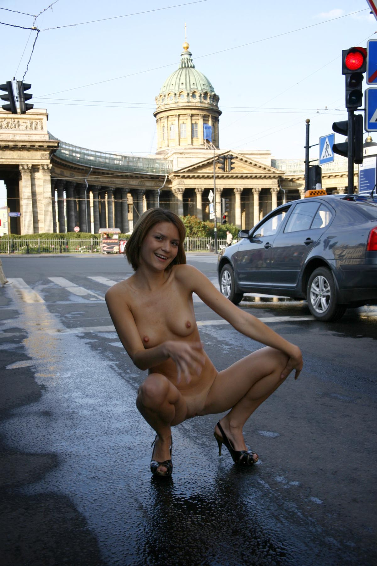 Shameless girl shows her naked body on the streets ...
