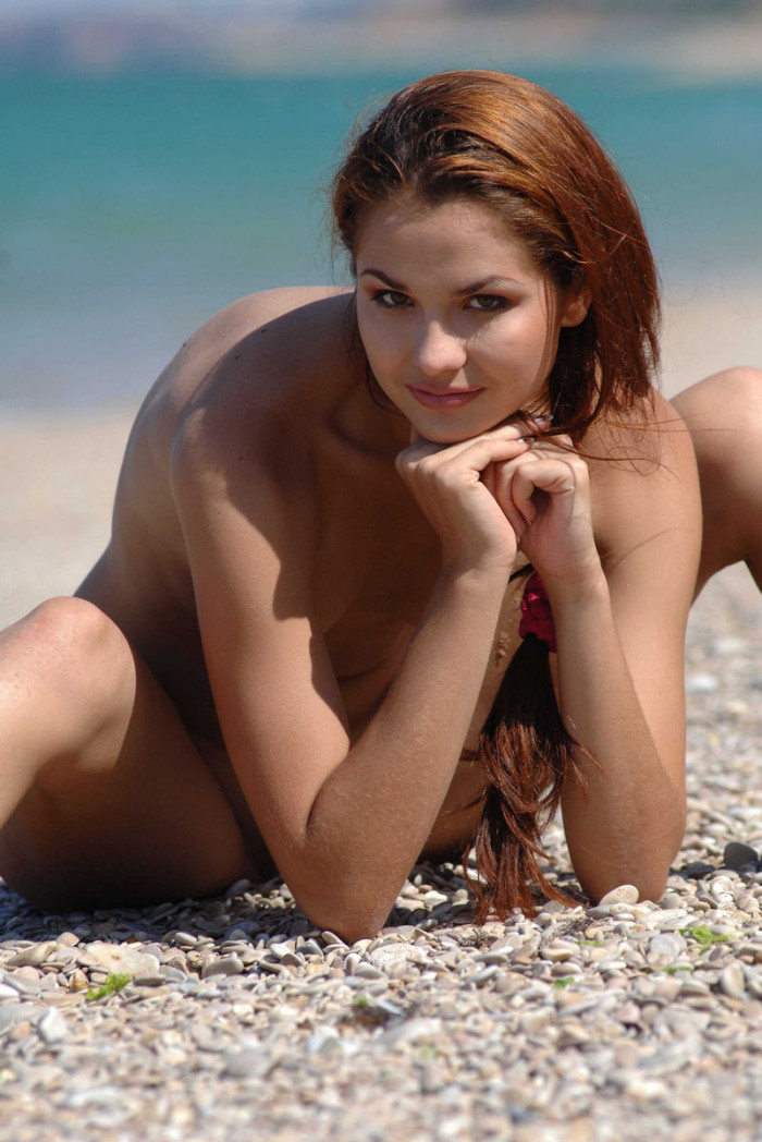 Smiling Babe Undresses Her Swimsuit At Beach  Russian -7547