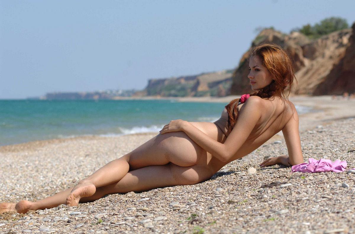 роликов показуха фото эротика пляж список большую часть