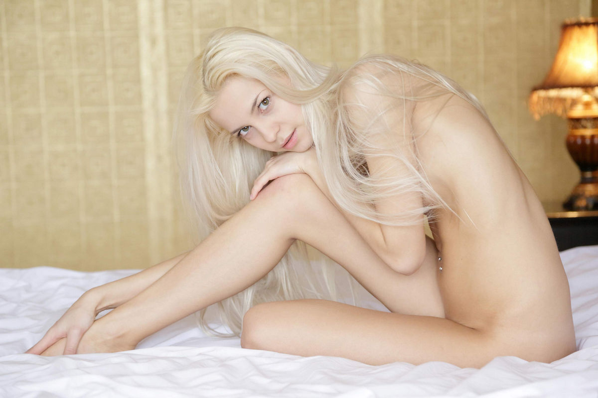 Very Sweet Russian Blonde With Long Hair In Bed  Russian -4475