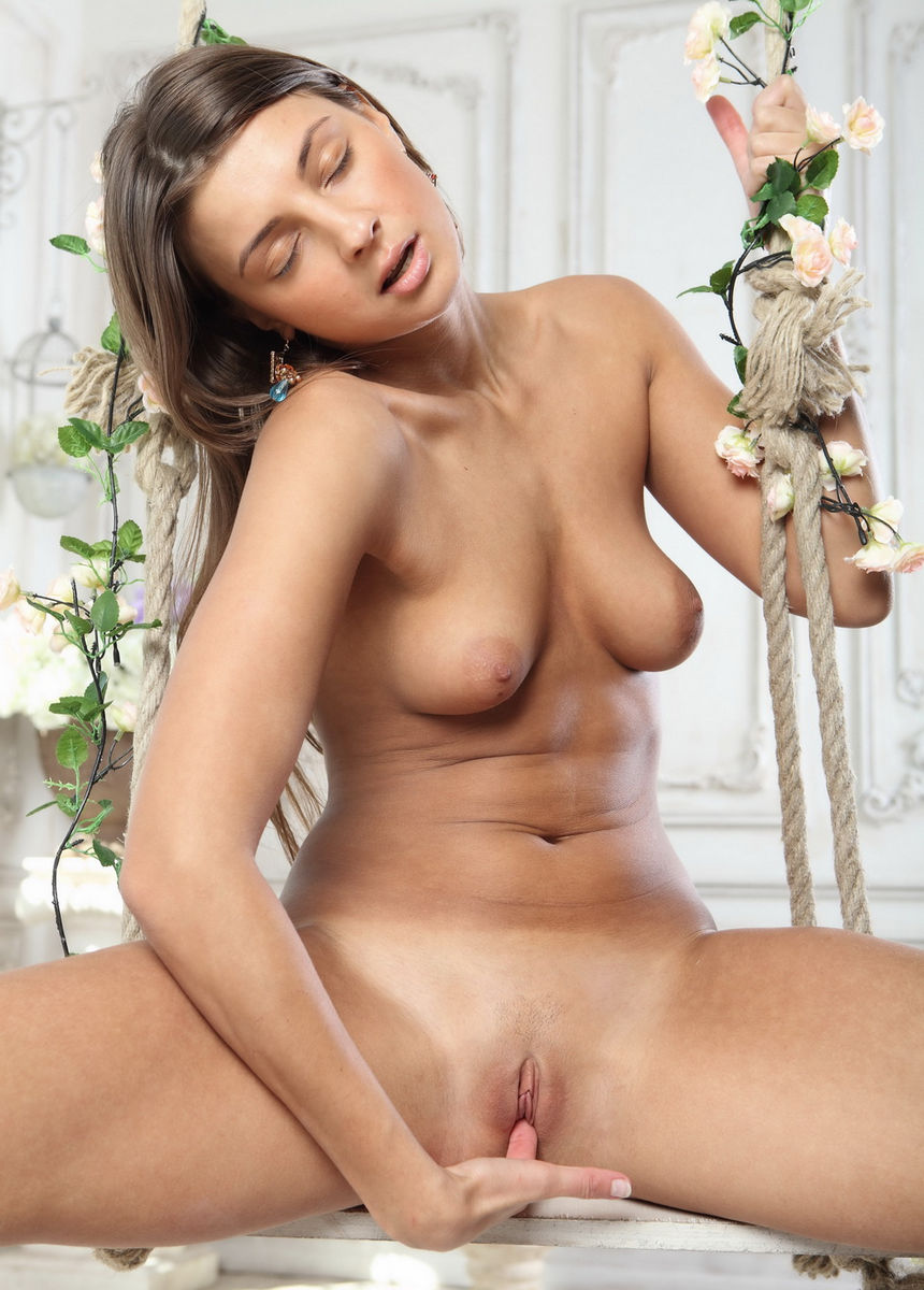 naked girl masha shows shaved pussy on a swing | russian sexy girls