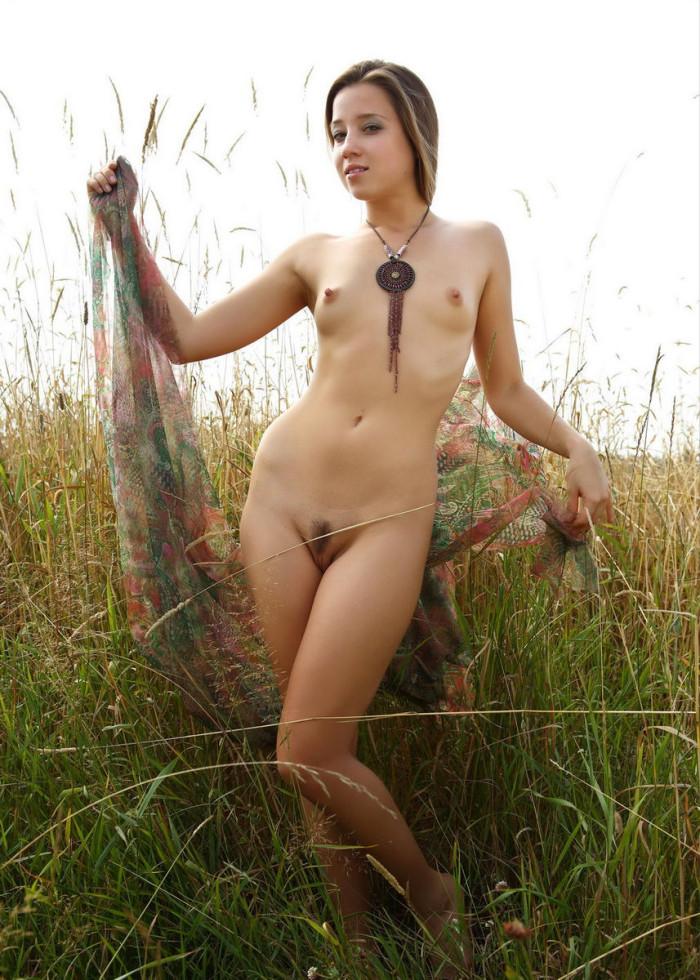 Naked girsl
