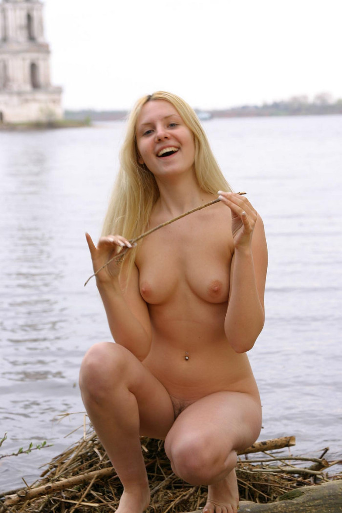 Very Cute Blonde Teen Shows Her Goods At Famous Russian -6511