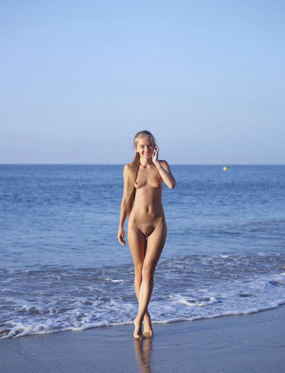 Naked skinny girls nude beach