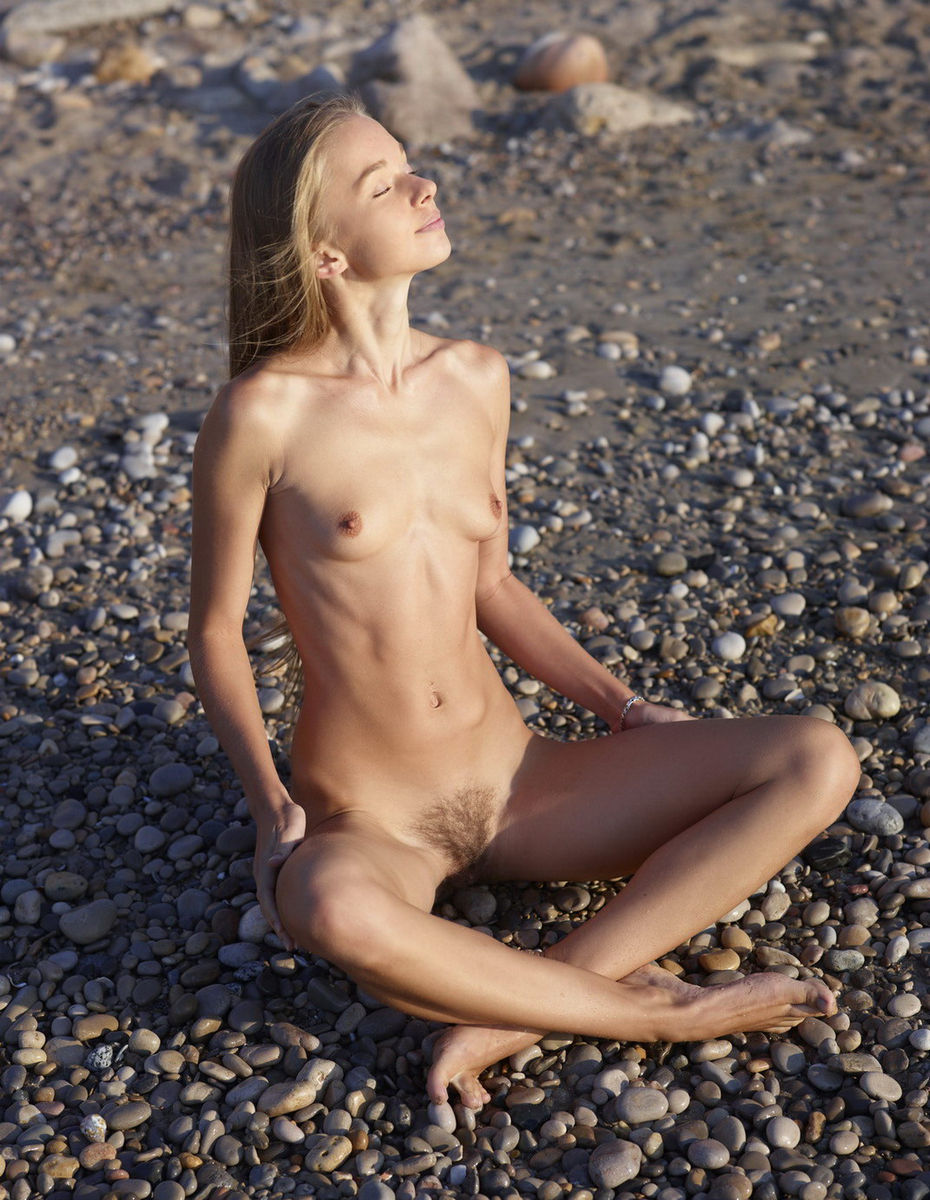 Love hairy on the beach nice