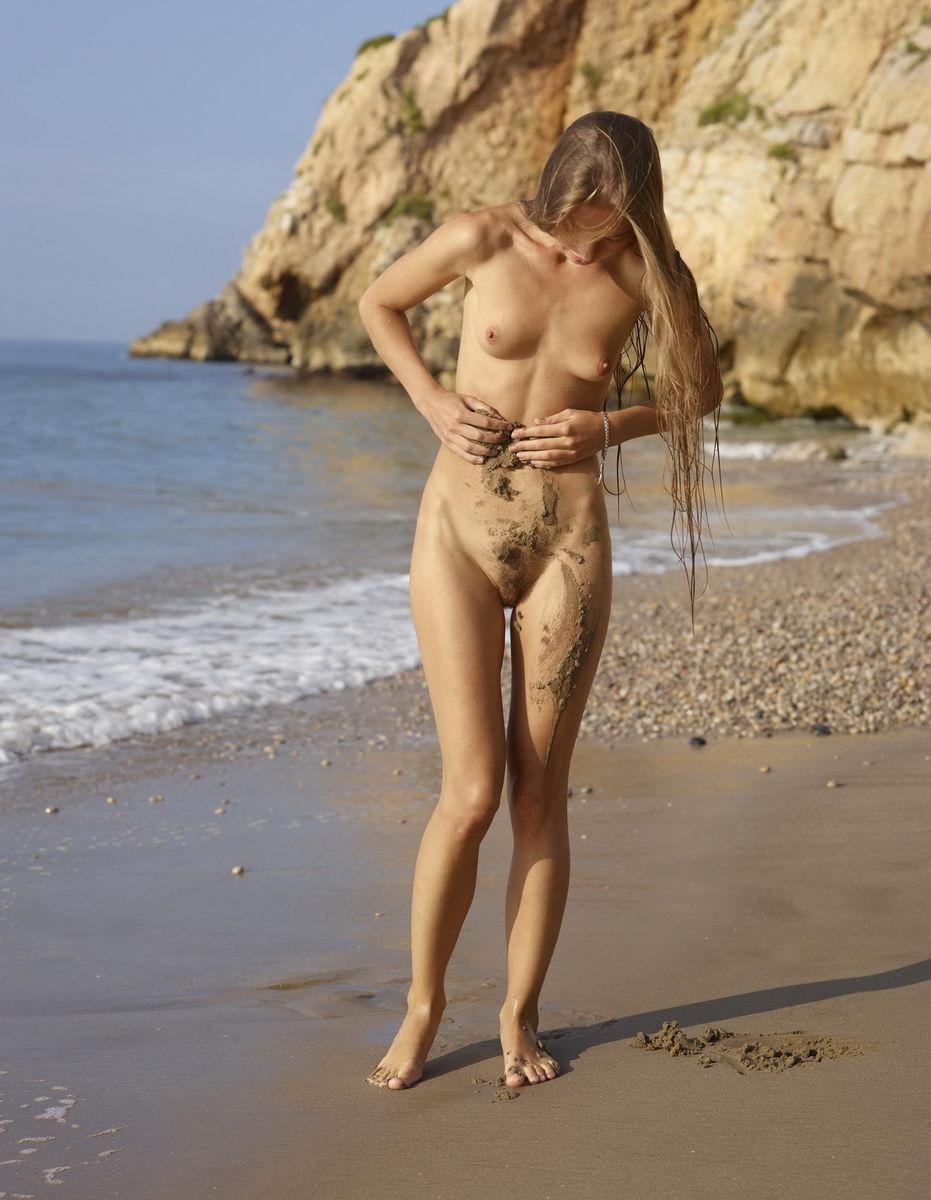 walking naked on beach