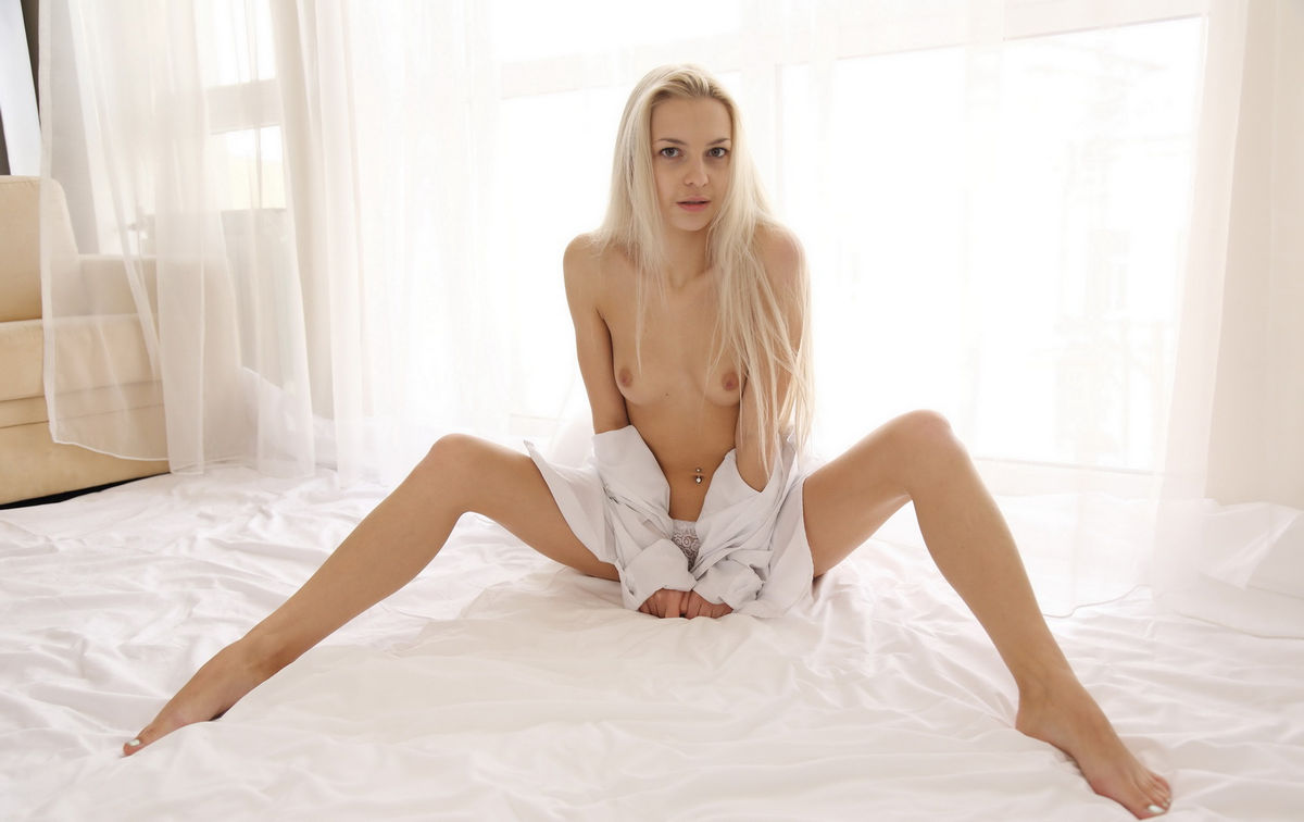 Pretty blonde loves the black dick