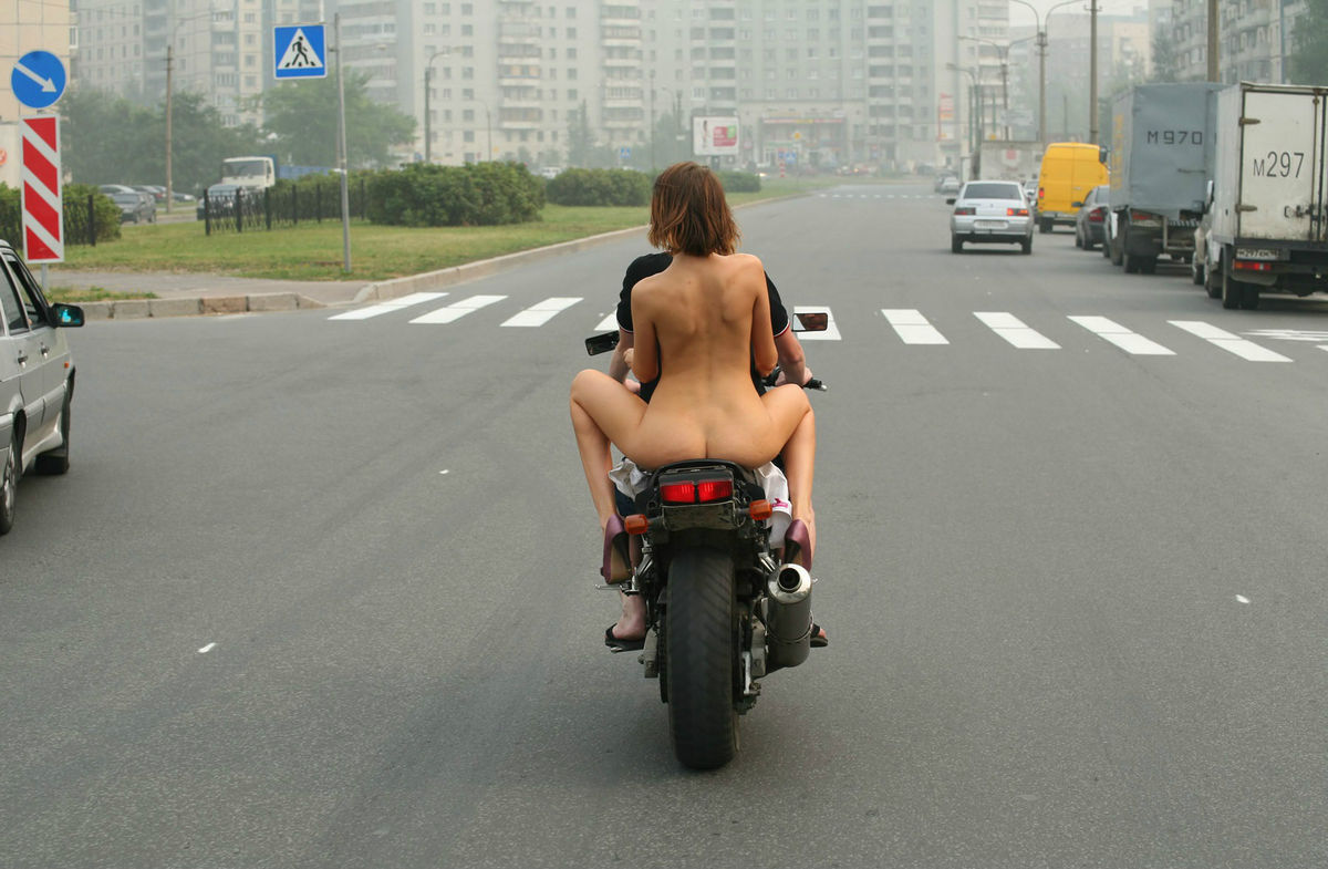 Crazy Russian Teen Rides A Motorcycle Naked In The Streets -7092
