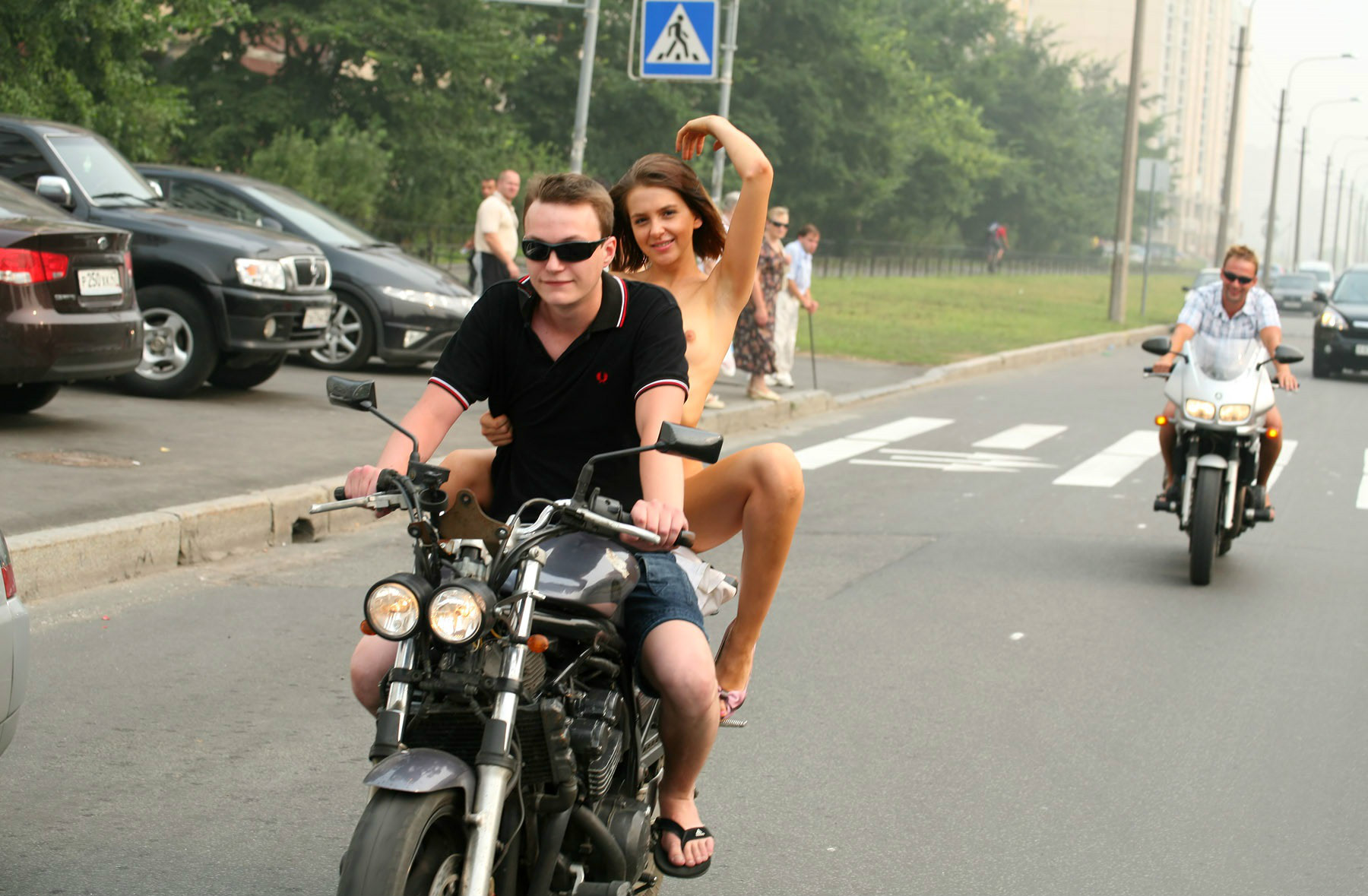 video-seks-na-mototsikle