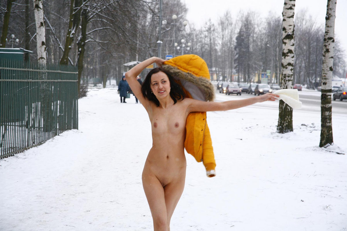 Crazy Russian Walks Naked At Winter Near Bus Station -9560