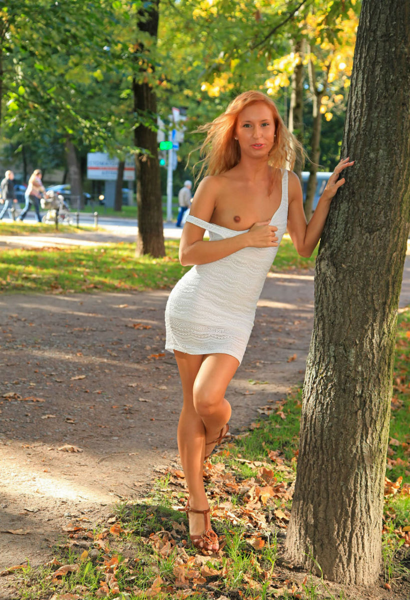 Free Walking Naked Mature Tubes And Hot Walking