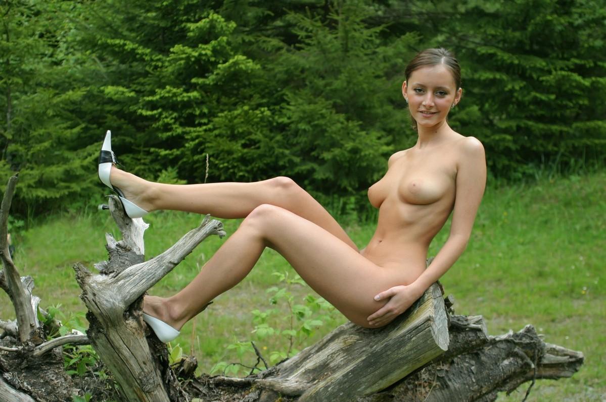 Eden sher bikini pics